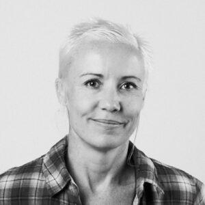 Portrait photograph of Lisa Mansfield